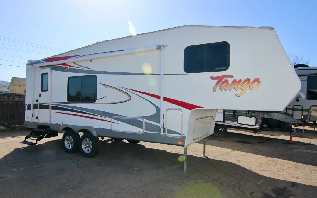 2007 Tango 2660RKS, Short 5Th Wheel, Slide-Out! Lite Weight 🤗