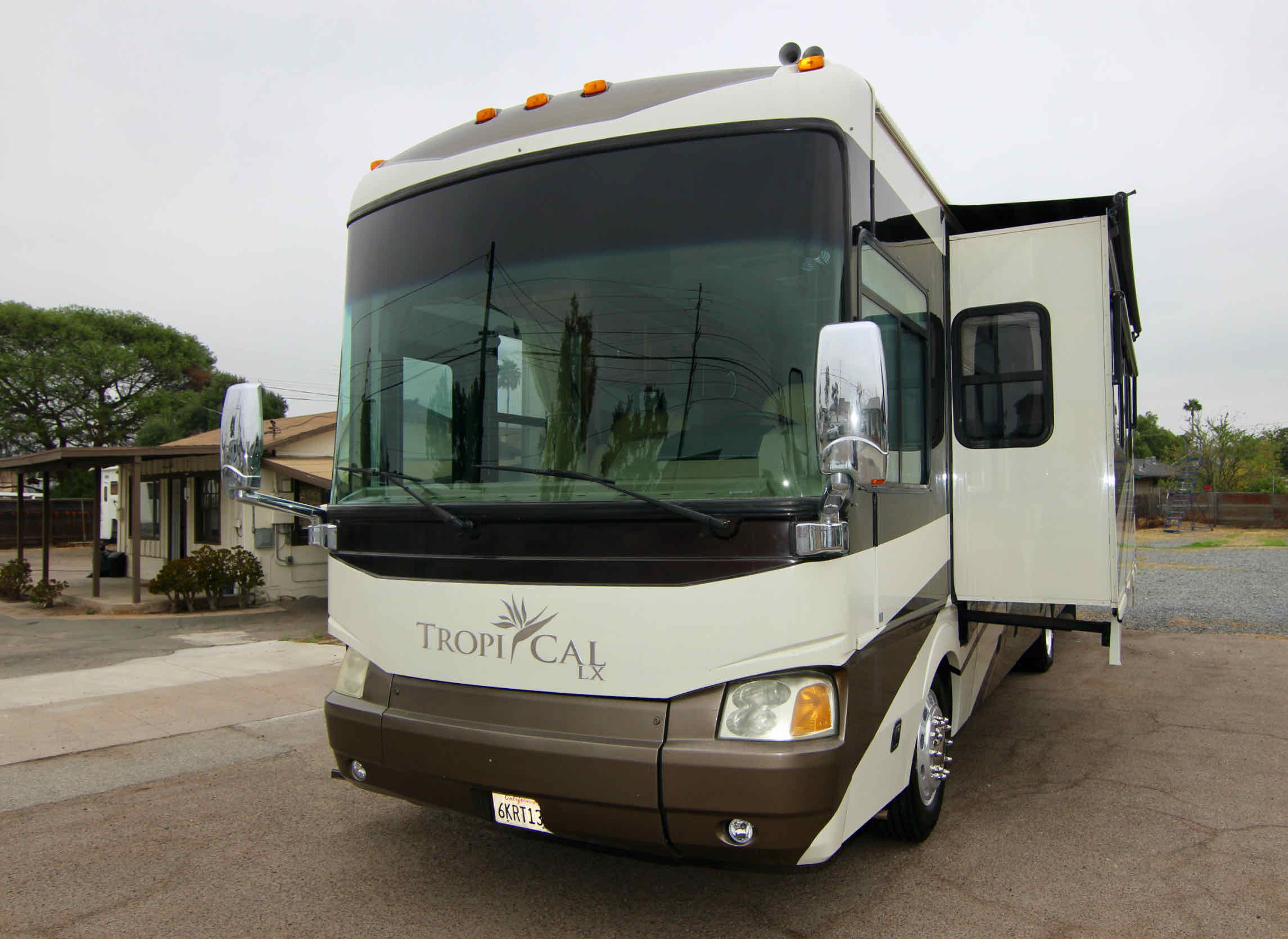 2008 National Tropical TX35A, Diesel Pusher, Low Miles full